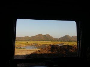 Viaxe en tren de Ayutthaya a Phitsanulok