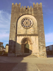 Portomarín - Igrexa de San Nicolao
